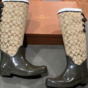New in box  Coach Tristee rain boots size 10